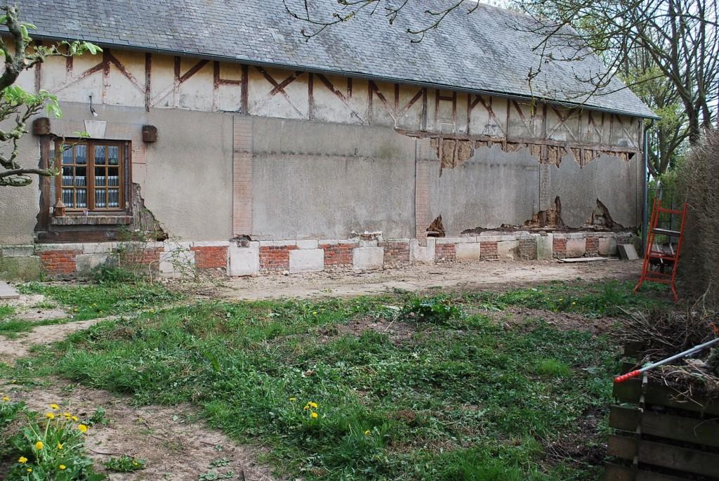 Avant : façade cimentée